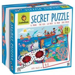 Secret puzzle. The sea.