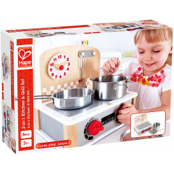 Kitchen and grill set.